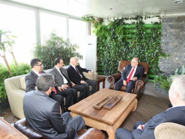 Türkiye İhracatçılar Meclisi Başkanı Sn. Mehmet BÜYÜKEKŞİ'yi makamında ziyaret ettik